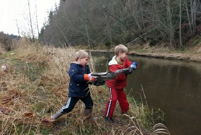 Young people contributing to salmon recovery.